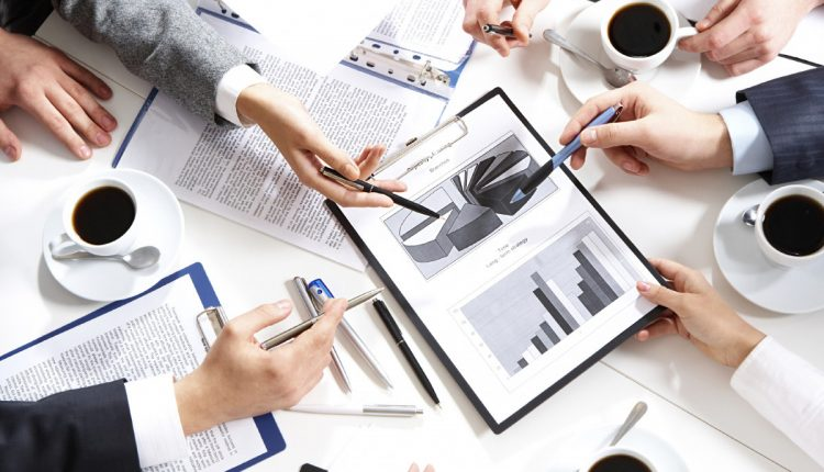 ارائه خدمات مشاوره رونق کسب و کار و بازاریابی و فروش در تکتو
