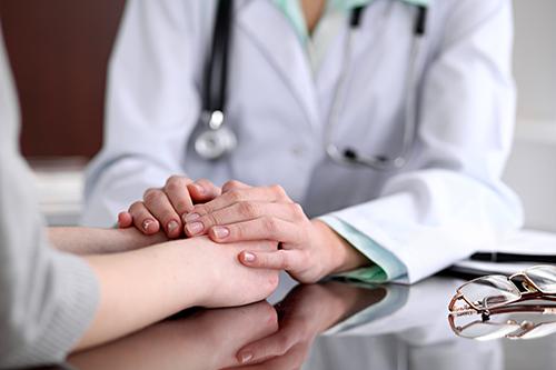 آموزش مدیریت ارتباط با بیمار